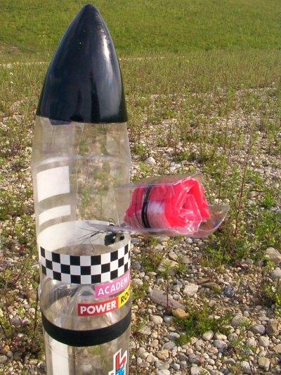 Wasserraketen-Fallschirm