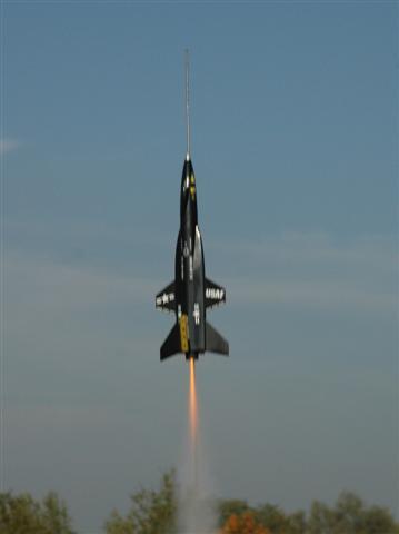 ESTES RTF X-15 auf C6-3